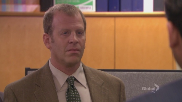 -Frame-Toby-Screencap-the-office-2884619-1280-720