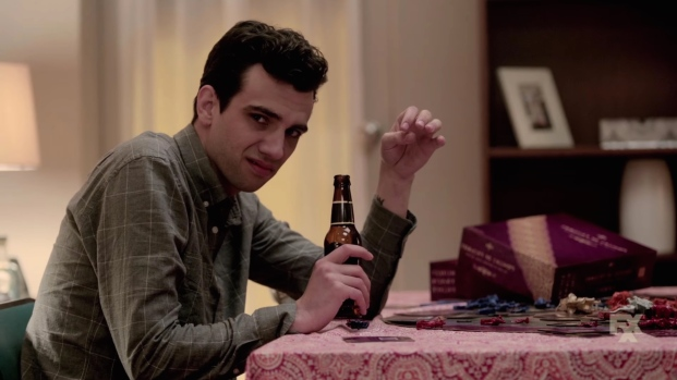 man_seeking_woman-2015-season_2_trailer_screenshot